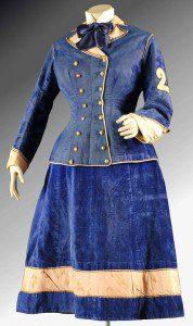 traje de cantinera de la guerra del pacífico