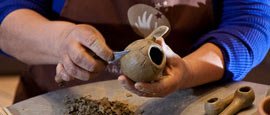 georgina correa artesana en grada blanca inca mapuche de vichuquen http://identidadyfuturo.cl