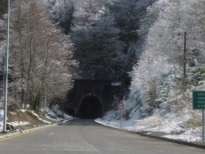 cruzando el tunel las raices lonquimay